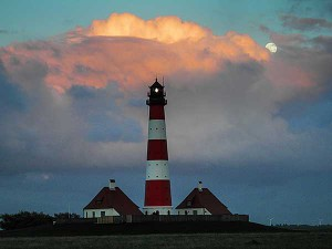 Leuchtturm WHever, Mond